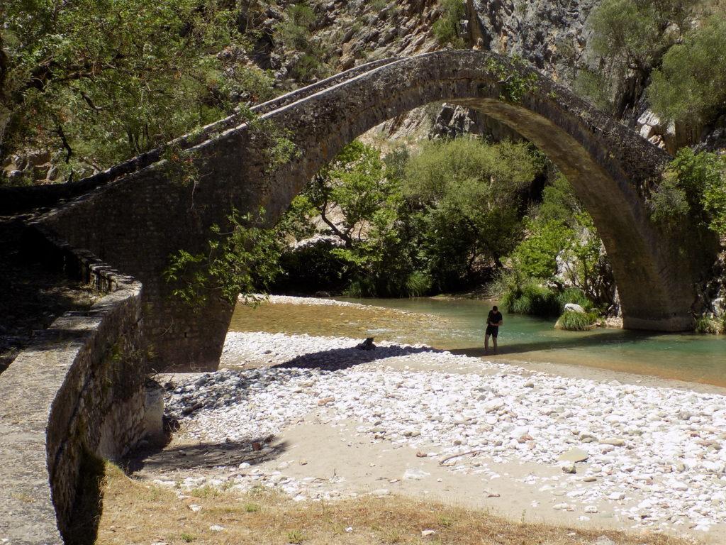 Grčka, stari most